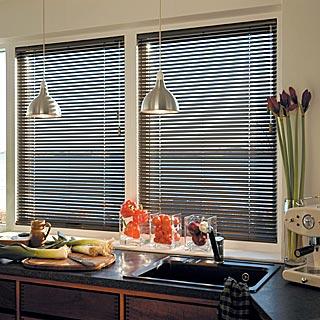 suntechnica rollo markisen lamellen plissee jalousien rollos insektenschutz und rolladen. Black Bedroom Furniture Sets. Home Design Ideas